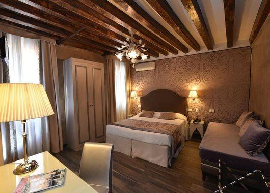 imagen del hotel Hotel Villa Rosa