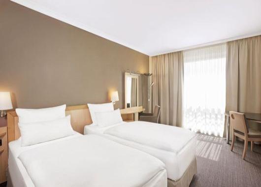 imagen del hotel NH Berlin Alexender Platz