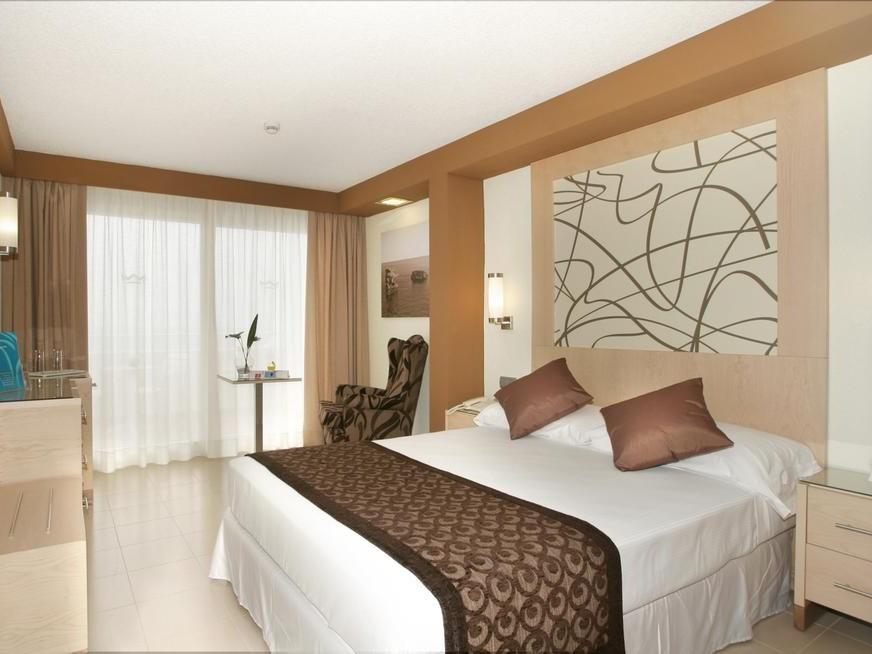 imagen del hotel Riu la Mola