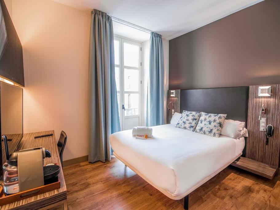 imagen del hotel Petit Palace Santa Cruz