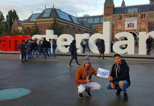 imagen de la experiencia de viajar con Drumwit contada por Gerard y Cristian