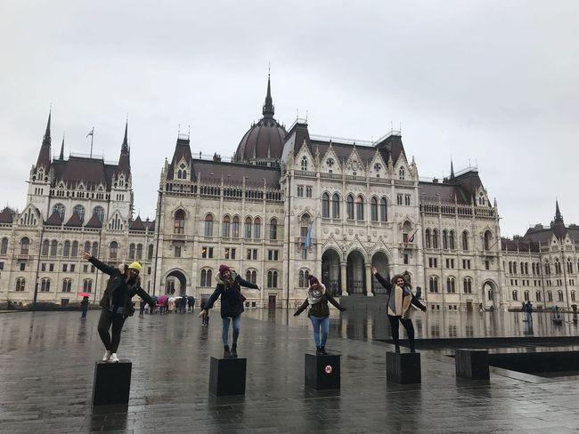 imagen de la experiencia de viajar con Drumwit contada por Rocio, Laura, Raquel y Laura